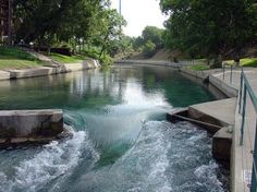 1000 images about comal river on pinterest rivers for Floating the guadalupe river cabins