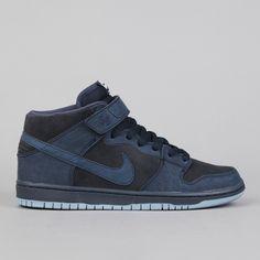 Dark blue Nike SB Dunks, £67.00 via Flatspot