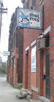 Todi Toys ghost sign, Cincinnati, OH
