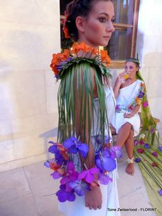 Floral Body Adornment 1 Tahitian Costumes, Moda Floral, Floral Bodies, Mardi Gras Costumes, Body Adornment, Floral Fashion, Flower Dresses, Costume Accessories, Diy Clothes