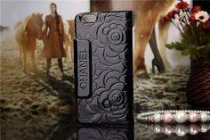 Luxuriöse Chanel Schutztasche aus Lackleder mit Blumen-Muster für iPhone 6/6 Plus - spitzekarte.com