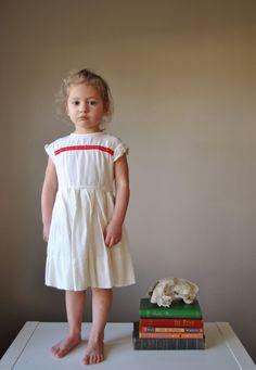 1960s Fluerette White dress, size 2t/3t.