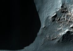 Long Shadows at Ariadnes Colles Ariadnes Colles is a labyrinth-like cluster of hills, mesas, and knobs located near Terra Cimmeria, in the Southern Highlands of Mars. #Mars