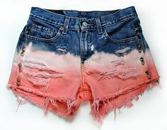 Peach dip dyed shorts - nice color combo