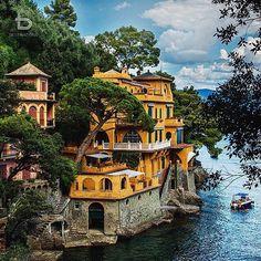 Portofino, Italy By: @bu_khaled Tag a friend! Snapchat BDestinations