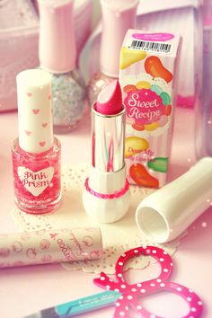 Colourful dressing table goods <3