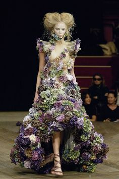 The Alexander McQueen: Savage Beauty Exhibit Finally Heads to London: The Alexander McQueen: Savage Beauty exhibit at the Metropolitan Museum of Art's former Costume Institute that set attendance records and was extended — by both days and opening hours from its debut in May 2010 to its closing in August 2011 — will find a new home four years later.