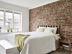 Why People Aren't Discussing Brick Wall Bedroom – futthome – Brick Wallpaper Brick Wallpaper Feature Wall, Brick Wallpaper Bedroom, Brick Wall Bedroom, Brick Feature Wall, Feature Wall Bedroom, Brick Accent Walls, Exposed Brick Walls, Accent Wall Bedroom, Home Bedroom