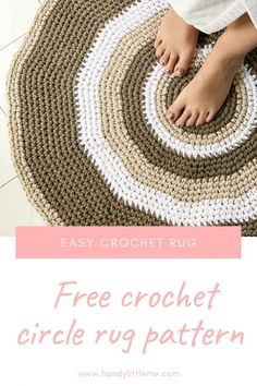 Learn how to crochet a circular rug with this free pattern. This post will help anyone new to crochet to learn how to crochet a flat circle. How To Crochet A Circular Rug Crochet Circle Pattern, Crochet Mat, Crochet Rug Patterns, Crochet Circles, Crochet Round, Crochet Patterns For Beginners, Crochet Home, Knitting Patterns Free, Free Pattern