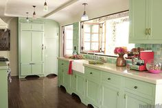 a life's design: Minty Fresh... close to base cabinet color