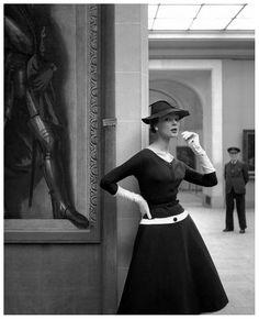 Ivy Nicholson in a dress by Jacques Fath, Musée de l'orangerie, Paris. Photo : Georges Dambier for ELLE, 1954.