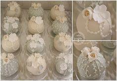 Mini sphere cakes