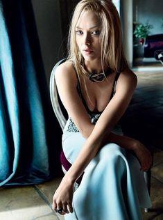 Amanda Seyfried is stunning