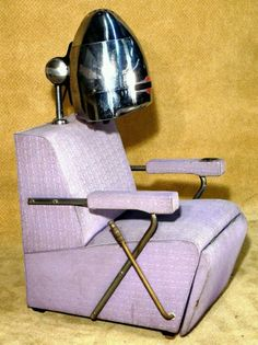 Vintage 50's beauty salon chair. Totally, totally fab.