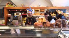"""The #Faschingsprinz"" is in town! Hast du ihn schon gesehen? #bäckerei #bäcker #fasching #prinz #intown #unterwegs"