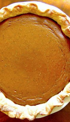 Homemade Classic Pumpkin Pie--I've been making this simple pumpkin pie recipe for years!  It's rich, creamy, smooth and velvety with the the right amount and combo of spices!