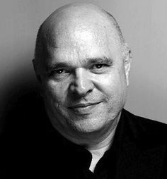 Anthony Minghella. A British film director, playwright and screenwriter.