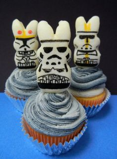 Peeps storm troopers on cupcakes - possibly the best dessert ever