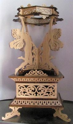 Fairies vase stand, scroll saw fretwork pattern