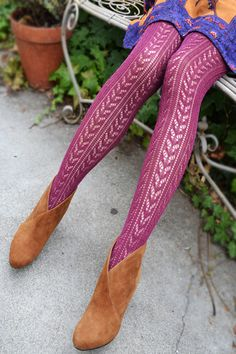 Tabbisocks Crochet Tights in Berry Must remember this site for cute fall tights. Colored Tights, Patterned Tights, Fashion Tights, Knit Fashion, Women's Fashion, Fall Tights, Pantyhosed Legs, Sheer Socks, Stocking Tights