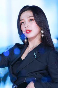 Joy red velvet ❤ kpop perfect velvet ❤ peek a boo Seulgi, Kpop Girl Groups, Korean Girl Groups, Kpop Girls, Red Velvet Joy, Red Velvet Irene, Park Sooyoung, Red Valvet, Sensual