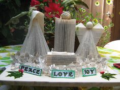 Folded books nativity set - No tutorial, but easily made. Wonderful set!