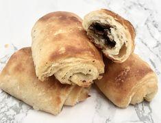 Glutenfrie hveteboller og skillingsboller - lavFODMAP (Low FODMAP) Hot Dog Buns, Hot Dogs, Low Fodmap, Croissant, Bread, Baking, Food, Brot, Bakken