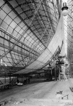 Graf Zeppelin under construction.1928