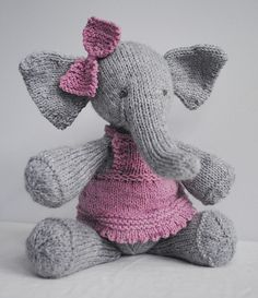 Elephant knitting pattern: Elijah by Ysolda Teague