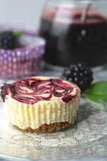 Oregon Transplant: Mini Blackberry Swirl Cheesecakes