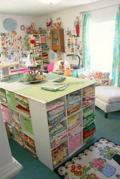 Sewing Studio Update studio interior - looks very fresh Sewing Spaces, My Sewing Room, Sewing Rooms, Quilt Storage, Craft Storage, Space Crafts, Home Crafts, Sewing Room Organization, Quilting Room