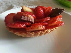 Crostatine con crema pasticcera e fragole fresche #madebyme #homemade #madewithlove
