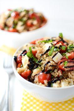 Caprese Quinoa Salad | Quinoa Recipe | Salad Recipe | ateaspoonofhappiness.com