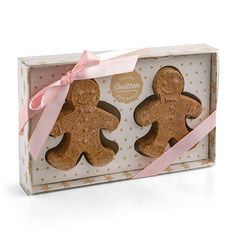 With two sweet gingerbread men that look good enough to eat (note from our lawyers: DON'T), these Gingerbread Men Duo Bath Bombs is ready to transport you far, far away. Makeup Supplies, Good Enough To Eat, Christmas Gingerbread, Bath Time, Bath Bombs, Lip Balm, Bath And Body, Decorative Boxes, Nails