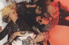 Guns N' Roses Axl Rose, Duff Mckagan, Slash, Steven Adler, Izzy Stradlin