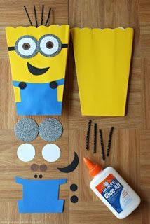 This Despicable Me Minion Munchies Snack Mix is sweet, salty, and loaded with yummy treats for your next family movie night! Minions Birthday Theme, Minion Party Theme, 3rd Birthday Parties, Birthday Party Decorations, Boy Birthday, Party Themes, Minion Party Invitations, Despicable Me Party, Happy Birthday
