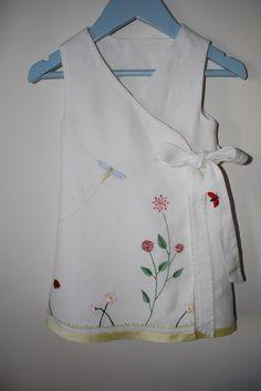 Please have a look at the embroidery. It ' s very special. It' s made by one of the view experts in this area (she lives in Germany and I love her art and craftmanship) Love Her, Kids Fashion, Germany, Organic, Embroidery, Art, Art Background, Needlepoint, Kunst