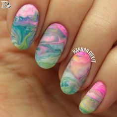 Top Oval Nails or almond-shaped nails #AcrylicNailsNatural White Oval Nails, Square Oval Nails, Round Nails, Cool Nail Designs, Acrylic Nail Designs, Acrylic Nails, Marble Nails, Nail Art Diy, Cool Nail Art