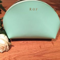 Our Gorgeous Mint Make Up bags are back in stock! • Visit www.lrmgoods.co.uk to order yours • Limited stock available so don't miss out! • #personalised #leather #mint #mine #want #need #love #look #loveit #gift #girl #amazing #beauty #beautiful #beautybl