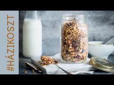 Granola Granola, Homemade Buttermilk, Glass Of Milk, Healthy Snacks, Mason Jars, Diet, Food, Bat Sleeve, Cheap Hoodies
