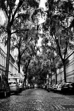 Sorauer Str, Kreuzberg, Berlin ♥  I've been on this street before.