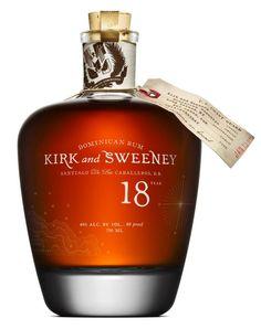 Hvis du er til sublim rom med hints af vanilje, sherry, rosiner og andre tørrede frugter, vil du helt sikker kunne lide Kirk and Sweeney's 18 års Dominikanske rom. Efter 18 år på egetræsfade opnås en skøn rom med lang eftersmag. Uden at være markedets sødeste rom, fornemmer man den naturlige sødme i et fint samspil med alkohol og rommens kvaliteter. #Kirk #Sweeney #Rum #rhum #rom #godrom #vinoble #vinbutik