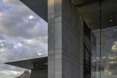 Norval Foundation is situated on the slopes of the Constantiaberg Mountain, in the heart of the Constantia Winelands, with panoramic views across vineyards and mountains. Concrete Facade, Urban Design, Landscape Architecture, Pavilion, Architects, Skyscraper, Buildings, Foundation, Multi Story Building