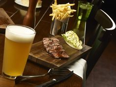 The 30 Best Happy Hours in Las Vegas - Cheap Drinks