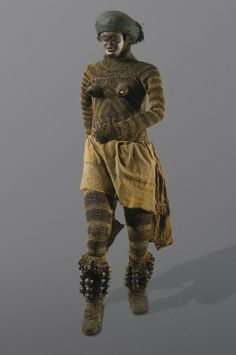 Likishi dance costume, Luvale, Zambia, late 19th or early 20th century.  Made of bark and rope, with attached mask.