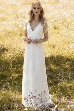 Rembo styling — 2017 Collection — Jazz: Beautiful lace dress with v-neckline and small lace cap sleeves. Bhldn Wedding, Chic Wedding, Wedding Gowns, Rembo Styling, Vintage Bridal, Bridal Boutique, The Dress, Bridal Dresses, Bride