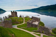 May 2019 - Explore Loch Ness and Inverness by bike. Visit us at our bike hire centre in beautiful Bellfield Park, Inverness. We'll use our local knowledge and cycle hire experience to make sure you choose the. Inverness, Ben Nevis, Foto Doodle, Loch Ness Scotland, Day Trips From Edinburgh, Whiskey Tour, Lago Ness, Urquhart Castle, Coach Tours