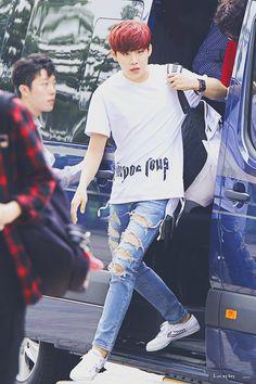 Wanna-One - Park Woojin Cry A River, Produce 101 Season 2, Kim Jaehwan, Ha Sungwoon, Second Season, New Year 2020, Korean Music, Jinyoung, K Idols