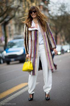 Caroline de Maigret with a bright top handle bag // #Fashion #StreetStyle