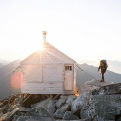 North Cascades, Adventure Awaits, Adventure Travel, Photos Voyages, Camping Hacks, Camping Gear, Camping Outdoors, Camping Life, Outdoor Camping